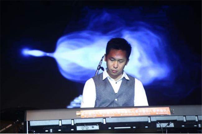 《夜的钢琴曲》—石进钢琴作品音乐会上海站