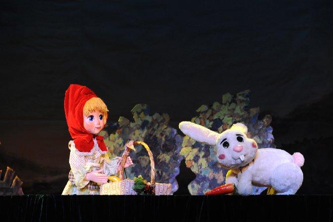 儿童剧-国外经典童话演出季系列 -- 木偶童话剧《小》