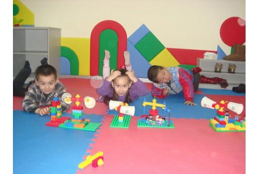 小小設計師-樂高教育活動中心-智力開發-早教學前