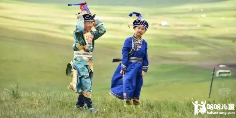 蒙古服装8.png
