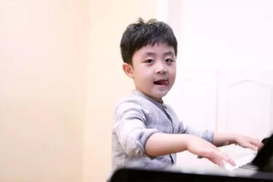 给我30分钟,就能测出你家孩子是否适合学钢琴!