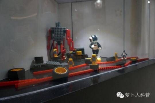 机器人创客初体验 | 修曼萝卜人科普邀你登陆创客星球!